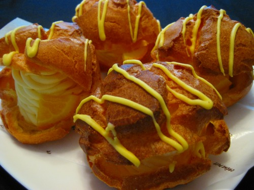 Cream Puffs from kanda-seiyoken