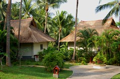 BT - The Neighbours (cheguthamrin) Tags: vacation holiday bintan banyantree