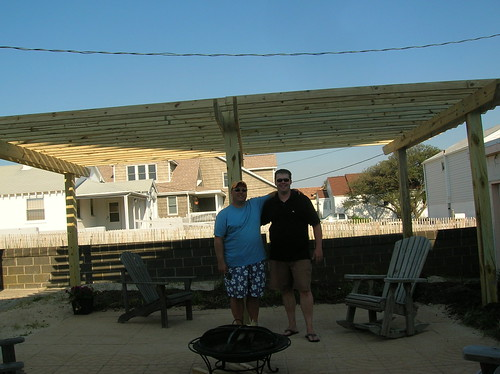King Thing and the 2008 Pergola