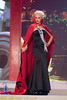 Miss Albania disfrazada de drácula vampiresa