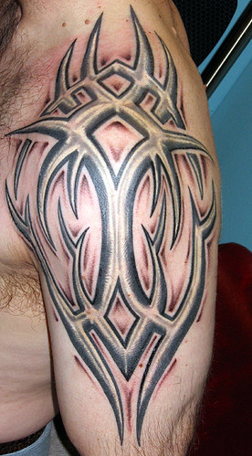 shoulder tattoo tribal. tribal-shoulder-tattoo