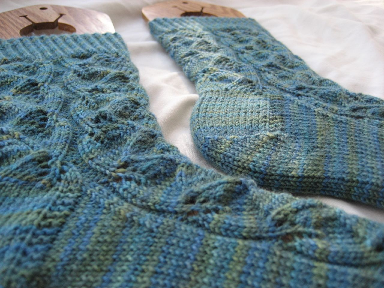 Embossed Leaf Sock