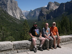 "Yosemite National Park, California: ""The Three Musketeers"" at Inspiration Point (David, Grant and John) (John Steedman) Tags: california usa america nationalpark unitedstates unitedstatesofamerica yosemite northamerica yosemitenationalpark inspirationpoint estadosunidos 美國 norteamérica nordamerika amériquedunord américadelnorte 北アメリカ カリフォルニア州 アメリカ合衆国 加利福尼亚州 北美洲"