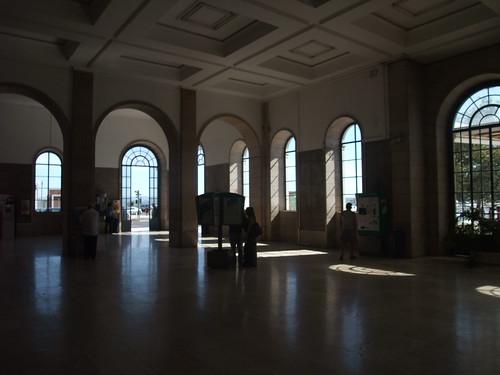 Interior da estação