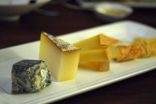 Handmade raw milk cheeses - DSC_1672