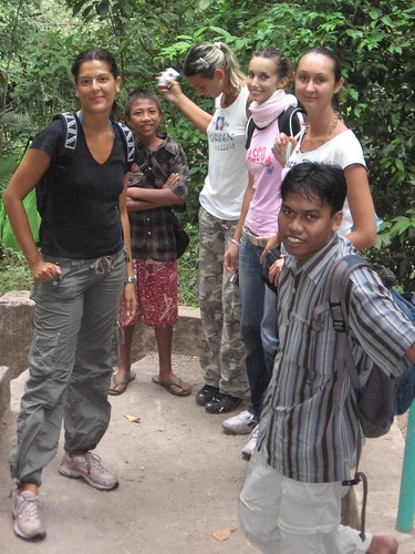 Tourists found in Sendang Gile