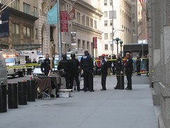 Bomb Scare on Wall Street (buff_wannabe) Tags: nyc cops police nypd unusual bombscare bombsquad esu
