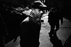 (krameroneill) Tags: nyc film 35mm neopan1600 leicam42 skopar25mm mobformat11streetnoir