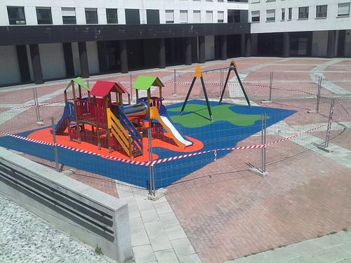 Suelo Parque Intantil. Plaza Burtzeña III.Barakaldo