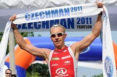 Vabroušek vyhrál Czechmana s rozseklou hlavou