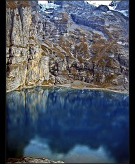 Switzerland / Blue..Oeschinensee (Izakigur) Tags: mountains alpes canon schweiz switzerland europa flickr niceshot suisse suiza swiss feel explore kandersteg bern alpen helvetia svizzera alpi berne ch berna dieschweiz musictomyeyes  berneroberland berneseoberland cubism suizo oeschinensee artisticexpression myswitzerland lasuisse imagepoetry alpene kantonbern  aplusphoto   oeschinen alperne confdrationsuisse confederaziunsvizra izakigur tourunesco lesalpesbernoises 090908 suisia brgbeizliunderbrgli laventuresuisse izakiguralps izakigurberne