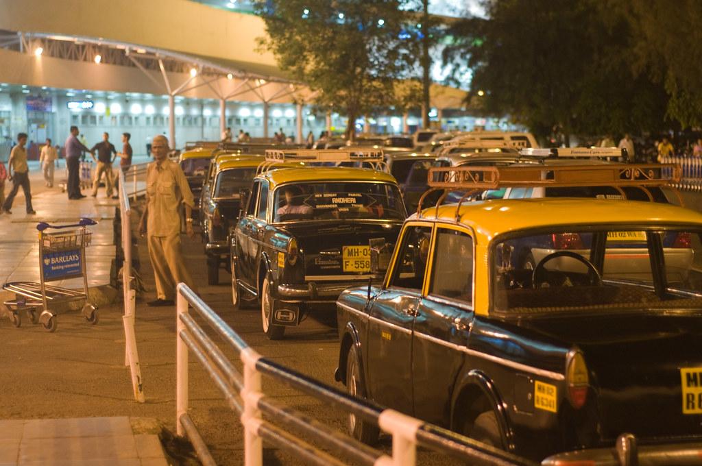 Taxi stand, Mumbai Airport
