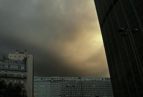 Cielo amenazante en Motparnasse