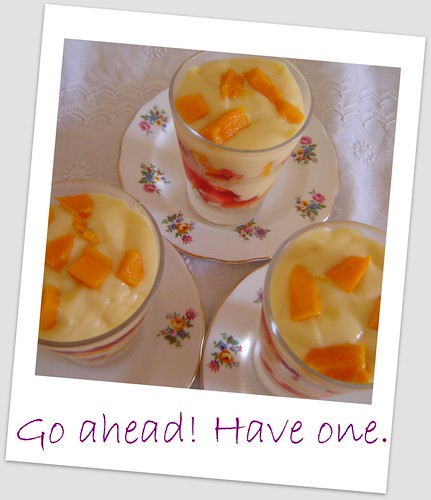 Strawberry Mango Trifle: Food-n-More: Delicious Summer Mango-Strawberry Trifle