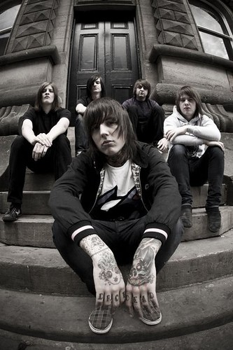 bmth by Tokio Sykes.