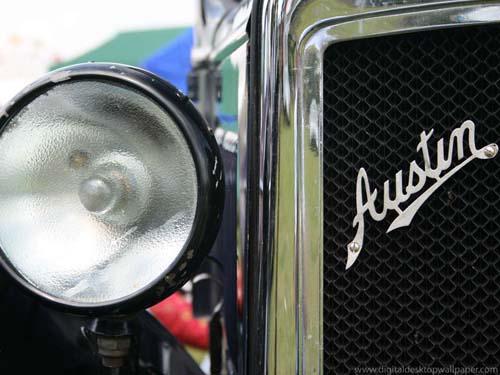 2694785275 1d818a858e o Classic Austin Car