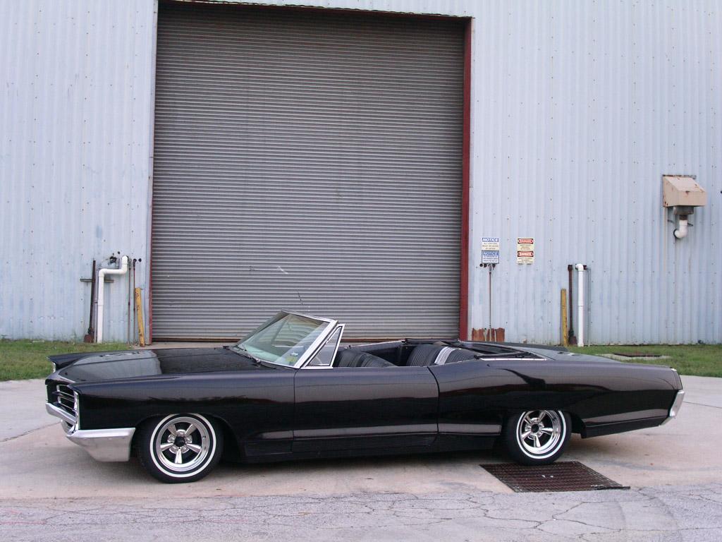 ---- 1966 Pontiac Bonneville. ---- 1966 Pontiac Bonneville
