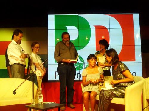 In fila per farsi firmare il libro da Segolene Royal. 30 agosto, Festa Democratica, Firenze