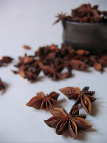 "Vietamese noodle ""Phở"" seasoning- Star anise"
