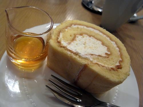 ロールケーキ(天現寺カフェ)