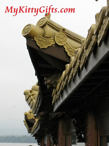 Hello Kitty's View of Golden Roof of Tour Boat of West Lake Boat Trip, HangZhou