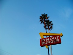(Rachel Ramos.) Tags: out photography burger n eat crayon eac