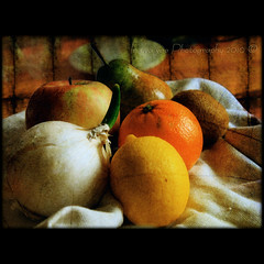 Once again, fruit and onion ... (in eva vae) Tags: stilllife food orange macro art apple fruits composition photoshop canon eos rebel lemon kiss warm eva framed canvas pear layers onion kiwi squared textured laspezia naturamorta x3 500d eos500d t1i eosrebelt1i inevavae mygearandmepremium inevavaephotography2010