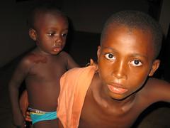 Fratelli (tonitonim) Tags: africa people face eyes child brother lips ghana occhio buio fratello tonitonim