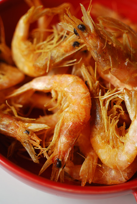 deep fried school prawns