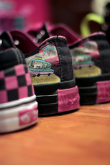 (S) Tags: pink black blur macro yellow shoe focus shoes random bokeh room taxi bored converse vans typical allstar addict laces hotpink hotpinkblack
