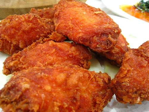 Deep-Fried Chicken Marinated with Prawn Paste