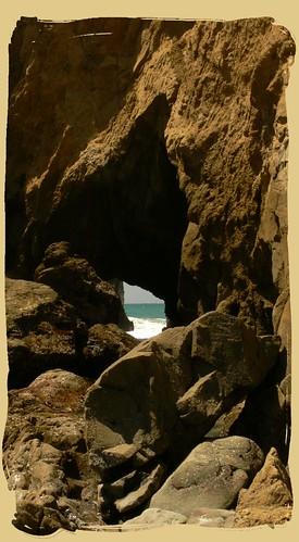 Ocean Wave Cave