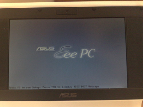 Schermata di boot dell'Asus Eee PC