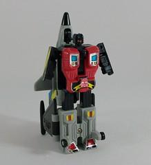 Transformers Skydive G1 - modo robot