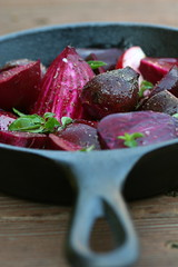 Beets with oregano and sherry vinegar 3