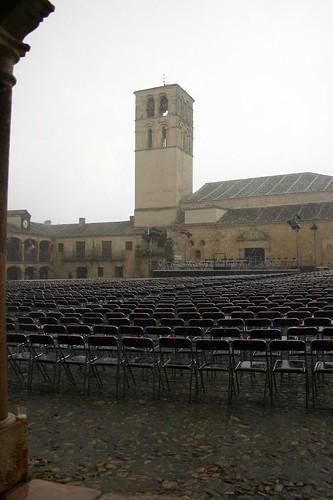 Torre de San Juan y Plaza Mayor en la tormenta