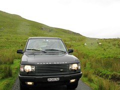 IMG_1918.JPG (Bert-Jan) Tags: sea mountains skye ferry zoe scotland three highlands rover inner harris outer landrover range isle portree chimneys hebrides natascha bertjan