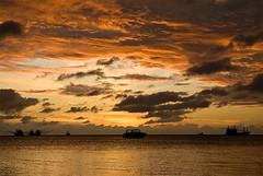 sunrise (OH-Photography) Tags: sun clouds sunrise thailand skies dslr kophangan flickrstars worldbest aplusphoto colourvisions discoveryphotos skyascanvas damniwishidtakenthat nikonflickraward amazingskyscapes thatscreativity