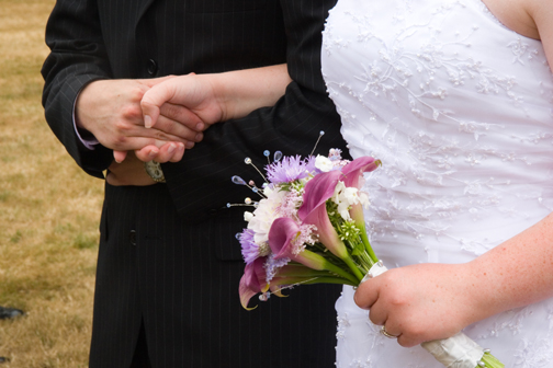 wedding_us_hands