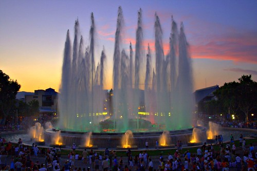 Magic fountain of Montjüic (Photo by papalars)