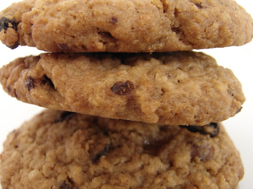09-08 oatmeal raisin cookie
