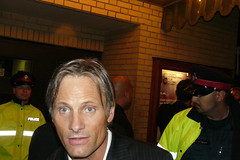 Viggo Mortensen chats with a fan outback of the Elgin Theater after the TIFF 08 premiere of Appaloosa (christopherharte) Tags: toronto film festival fan appaloosa chats theater montreal international elgin 2008 tiff canadiens 08 viggo mortensen