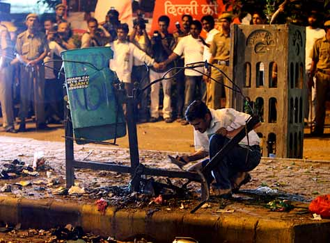 9/13 – Serial Bomb Blasts Rock Delhi