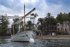 (Kinesthesis) Tags: sea boat fuji mallorca portdepollenca seascap s5pro