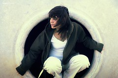 The Hole .- 2008 (RolanGonzalez) Tags: girl industrial chica hole agujero rustic hoyo
