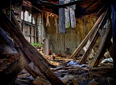 The Fall of the House of Devil (Batram) Tags: urban house abandoned interestingness decay haunted devil exploration hdr hof bremer lostplaces lostplace batram schwarza goodbyedevilhouse veburbexthuringia vanishingextraordinarybuildings