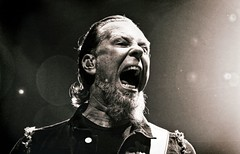 Metallica 2 (Scottspy) Tags: blackandwhite bw metal livemusic metallica gigs concerts kc flares jameshetfield scottspy deathmagnetictour