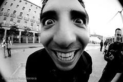 Clown by JoseJuanAdan (Berts @idar) Tags: zaragoza photowalk 8mm fz peleng espaa peleng8mmfisheye canoneos400ddigital xatakafoto pendientesdeetiquetar ¹⁄₄₀₀sec photowalkxfzaragoza