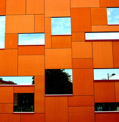 reflection on orange (DREASAN) Tags: windows reflection building lines architecture nijmegen university squares han rectangles dreasanpics ptwavdff dreasanavb