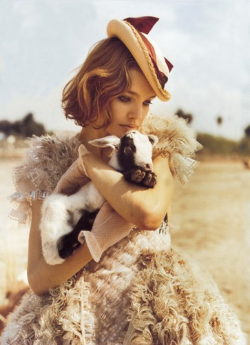 Natalia Vodianova by Shachenta.